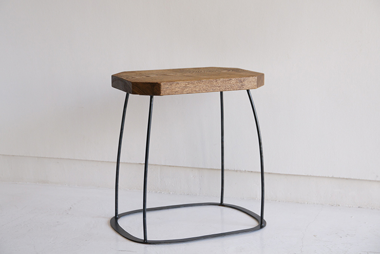 peace-stool-neutral-01