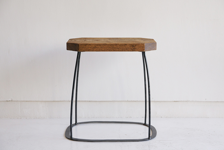peace-stool-neutral-02